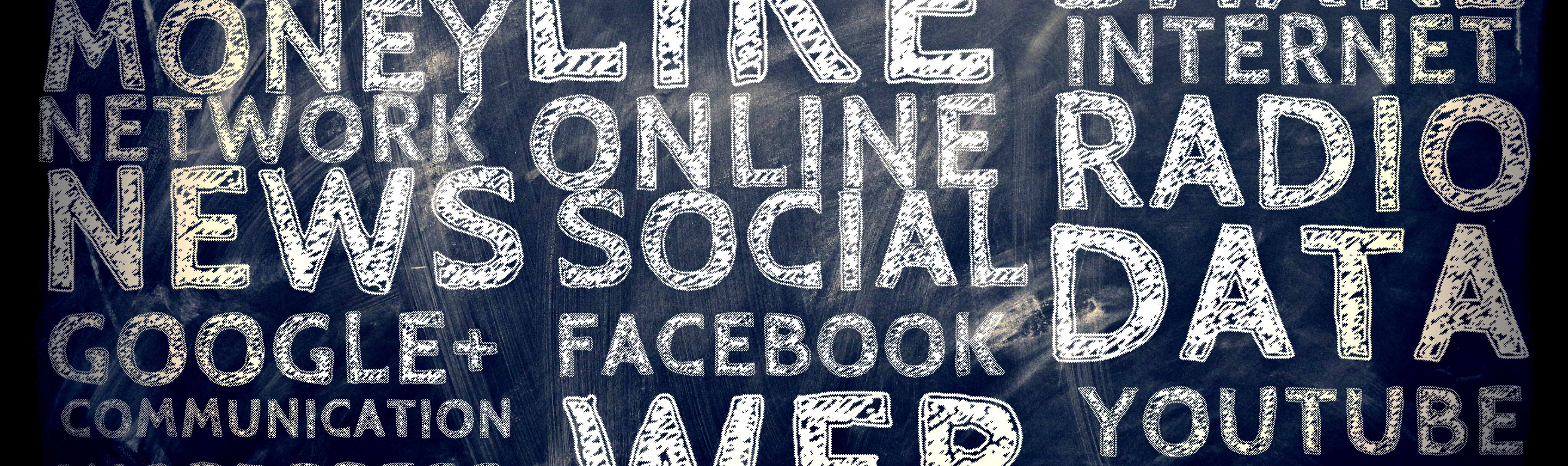 Social Media: Webmaster. Community Manager. e-Marketing.